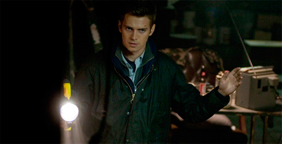 Vanishing-on-7th-Street-Hayden-Christensen-Foto-Dal-Film-02